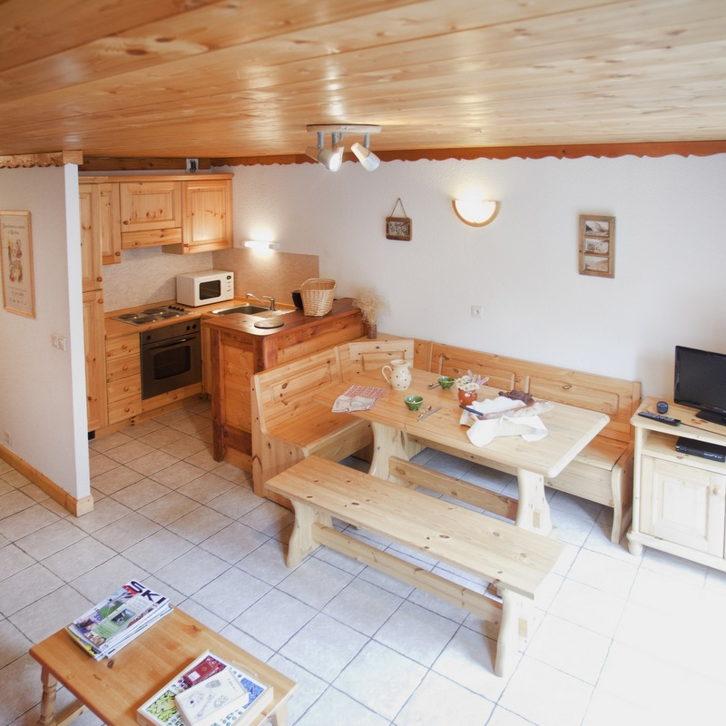 chalet l etagne appartement carline tv bessans